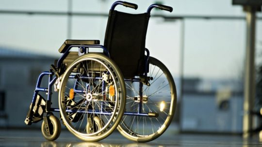 Как выбрать инвалидную коляску